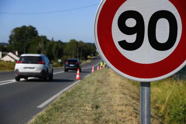 Le département du Jura a fait le choix de relever la vitesse maximale de certaines routes à 90 km/h.
