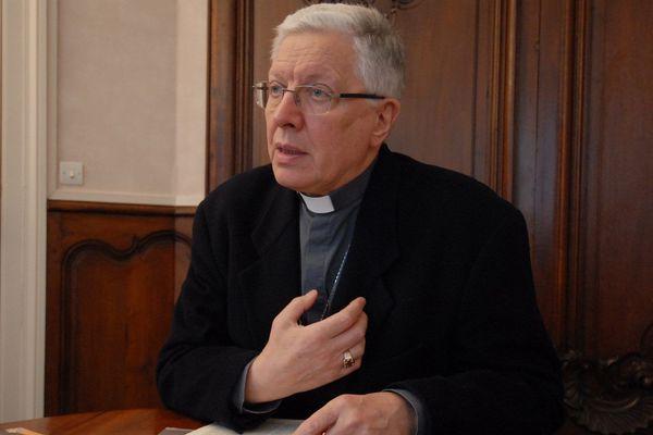 Monségneur André Fort, ancen évêque d'Orléans de 2002 à 2019.