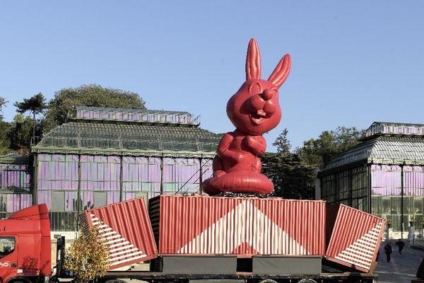 Le MuMo devant les serres du jardin des plantes à Paris
