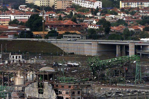 Dans les quartiers près de l'usine AZF, les dégâts matériels ont été considérables.