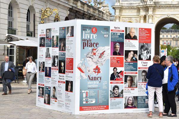 Livre ouvert sur la place Stanislas