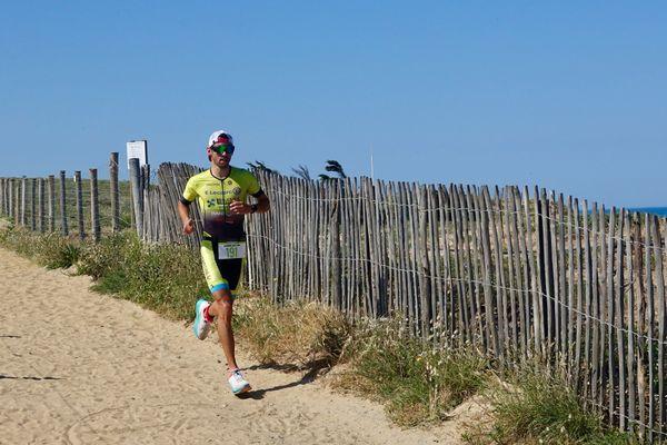 Théo Moreau vainqueur du triathlon M Nature et Famille des Sables-d'Olonne le 13 juin 2021