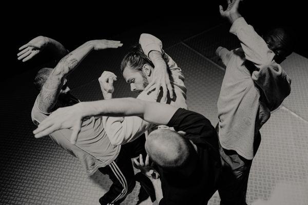 La compagnie Chute Libre présente Slide en Avignon.