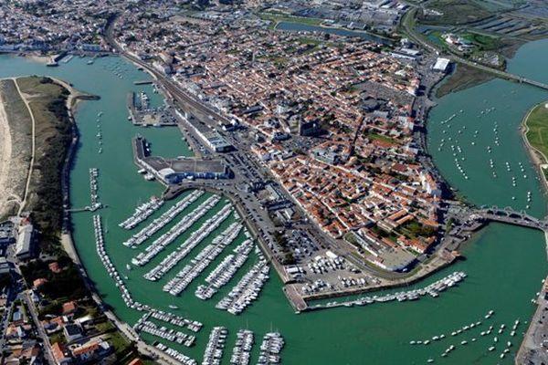 Le port de Saint Gilles Croix De Vie, vue du ciel