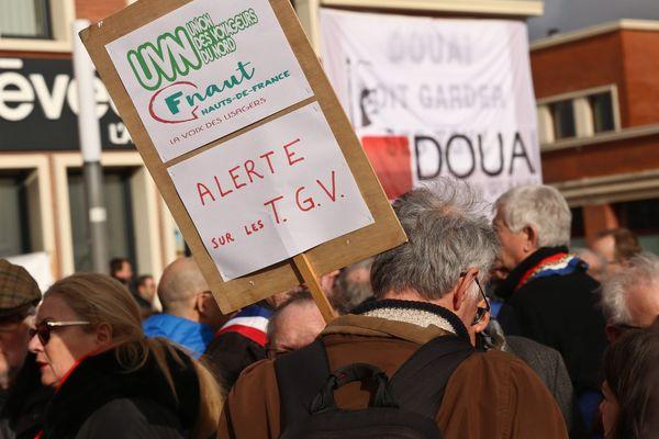 Manifestation contre les suppressions de TGV, le 7 février 2019 à Douai.