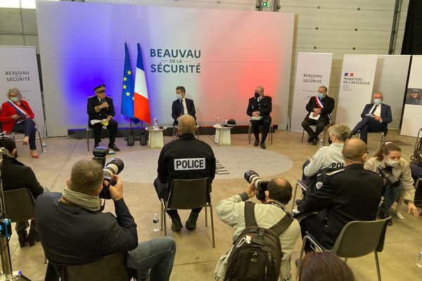 Gérard Darmanin, ministre de l'Intérieur est arrivé à Alès dans le cadre du Beauvau de la sécurité.