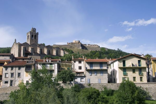 Prats-de-Mollo - Le fort Lagarde surplombe ce petit village de 1100 habitants - 30.07.20