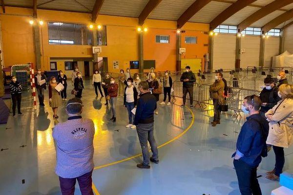 Le gymnase prêt en recevoir les Baillarguais atteints du Covid le 24 mars dernier.