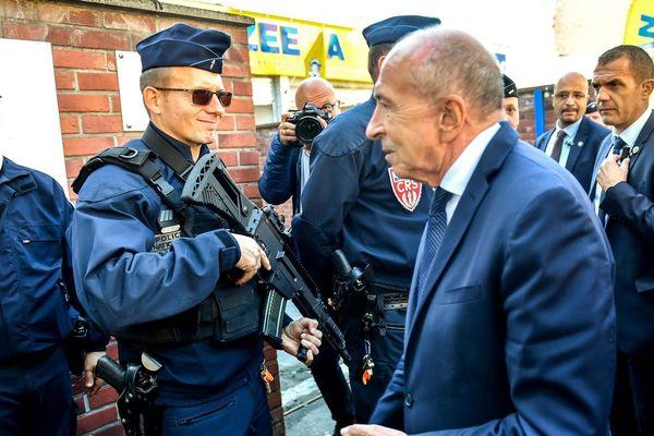 Le ministre de l'intérieur Gérard Collomb, ce mercredi 26 septembre 2018 dans le quartier de Fives à Lille.