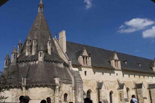 Un monument utilisant des énergies renouvelables : l'Abbaye de Fontevraud.