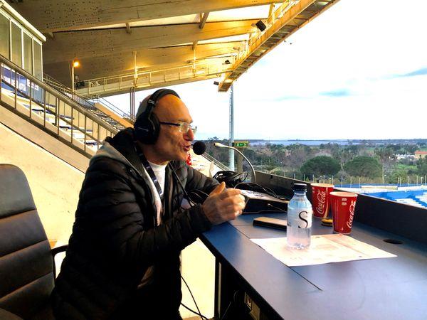 Jean Pruneta maintient le lien entre les supporters et le SCB, rencontre après rencontre, sur les ondes de RCFM.