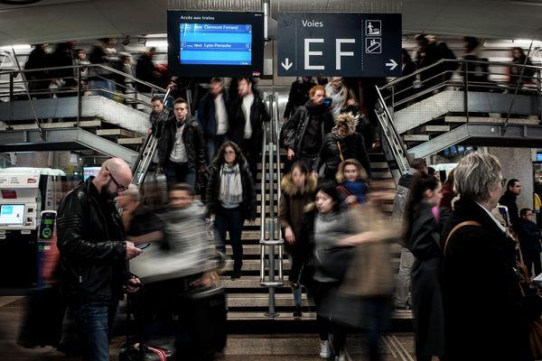 Le trafic SNCF s'annonce perturbé en Auvergne-Rhône-Alpes pour le premier jour des vacances de la Toussaint. Photo d'archives.