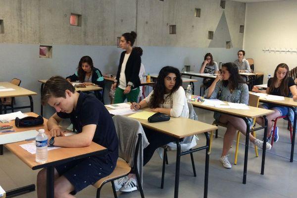 Lycée Magendie de Bordeaux à 8 heures ce matin