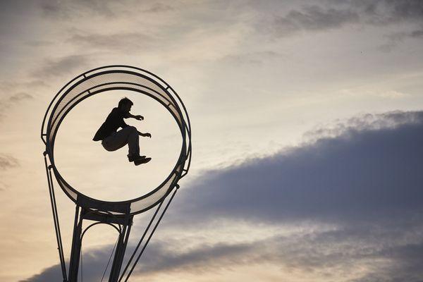 """""""78 Tours"""" un spectacle de cirque acrobatique"""