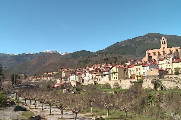 Le village de Prats-de-Mollo dans les Pyrénées-Orientales