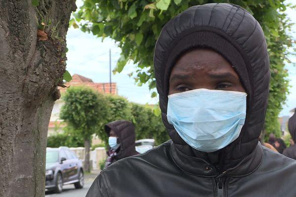 Un jeune Soudanais revenu à Ouistreham dans l'espoir de passer en Angleterre