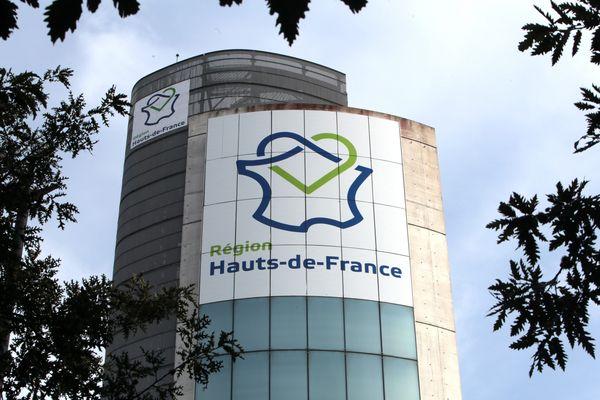 La tour du conseil régional des Hauts-de-France en 2016.