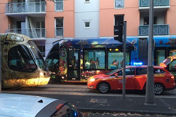 Montpellier - un toxicomane décède après une crise sur les rails du tramway - 16 août 2018.