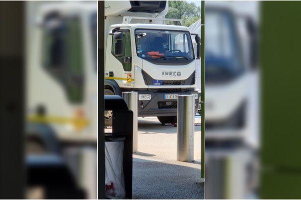 Les gendarmes sont intervenus au magasin Carrefour de Meylan (Isère), près de Grenoble, le 21 juillet 2021 en raison de la présence suspecte d'un individu dans un camion.