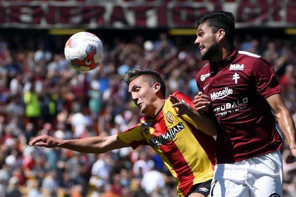 Lens contre Metz, en Ligue 2, en août 2015.