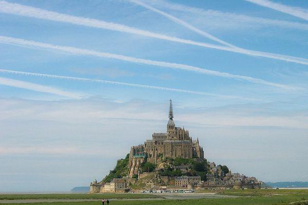 Le Mont-Saint-Michel bénéficiera d'un ciel clair tout au long de ce DIMANCHE.