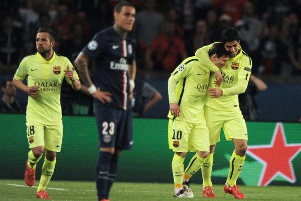 Les Catalans ont semblé au dessus des Parisiens en quart de finale aller de la Ligue des Champions. Victoire finale du Barça 3 buts à 1.