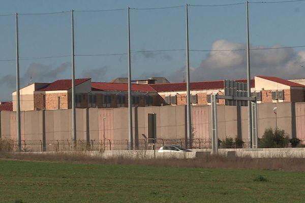 L'actuelle prison des Pyrénées-Orientales est à la sortie Sud de Perpignan, avec une surpopulation constante.