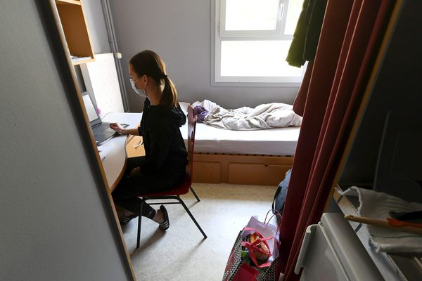 À Dijon, le CROUS permet de loger 3600 étudiants, boursiers ou non.