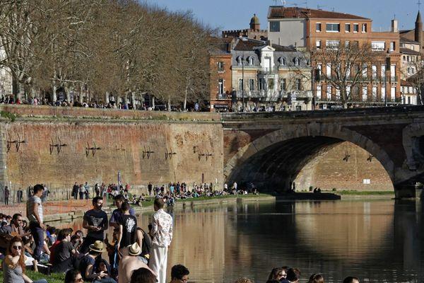 Douceur des températures à Toulouse (mars 2016)