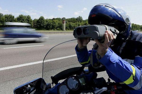 A partir de 50 kms au-dessus de la vitesse autorisée, c'est le retrait de permis immédiat...quand permis il y a ! ARCHIVES
