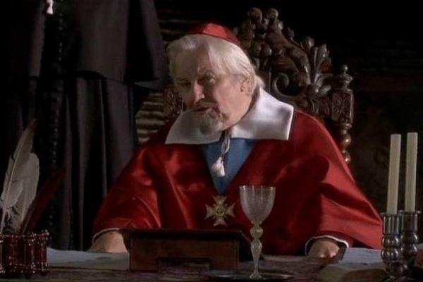 Jacques Perrin dans le rôle de Richelieu