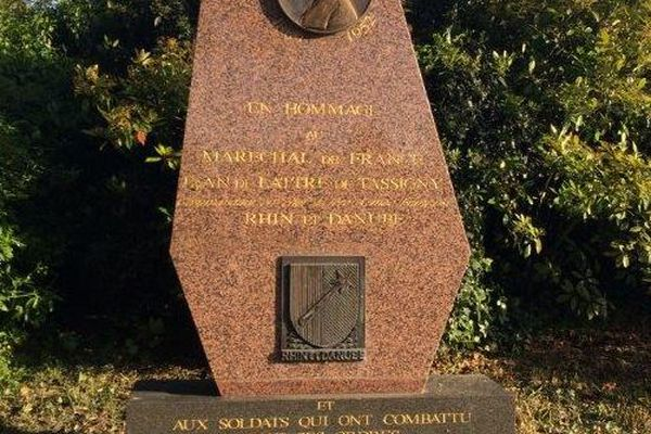 Le monument en hommage au général De Lattre de Tassigny, devenu Maréchal de France à titre posthume, et aux soldats qui ont combattu sous ses ordres, à Amiens.
