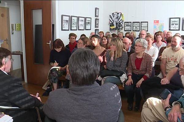 """Samedi 3 novembre 2018, dans le cadre de la première édition de la Quinzaine des librairies indépendantes, la librairie """"Le Neuf"""", à Saint-Dié-des-Vosges, recevait le psychanalyste Jean-Richard Freymann."""
