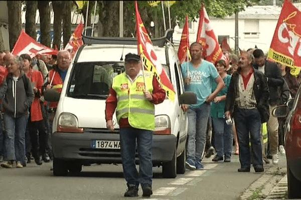 600 personnes ont défilé dans les rues de Lorient ce matin