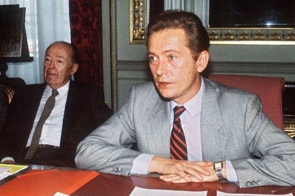 Dominique Baudis dans le fauteuil de Maire de Toulouse en 1985