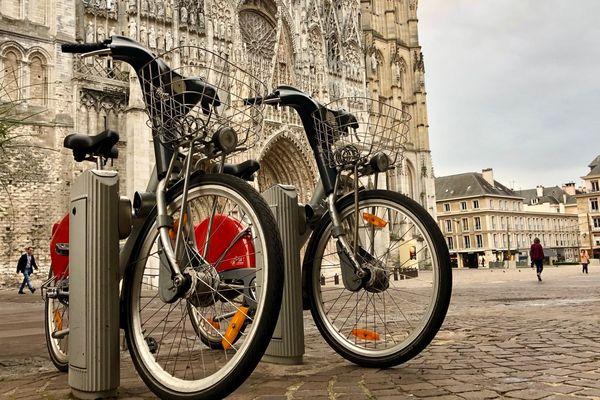 Les stations cy'clic sont installées tous les 300 ou 400 mètres dans la ville de Rouen