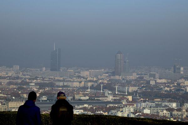 La circulation différenciée avait été instaurée lundi 23 novembre dans la métropole de Lyon.