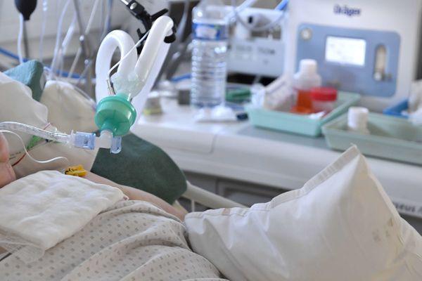 Un patient en réanimation au CHU Rennes