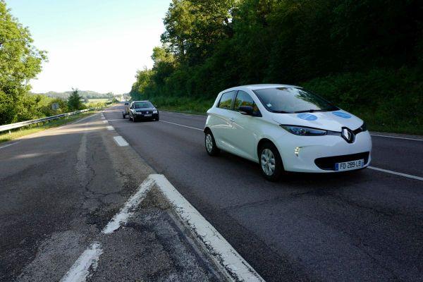 En Auvergne-Rhône-Alpes, le nombre de voitures électriques est en augmentation ces dernières années.