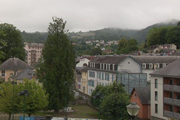 A Bagnères-de-Bigorre, le maire sortant Claude Cabazat (DVC) rempile mais le temps se gâte...