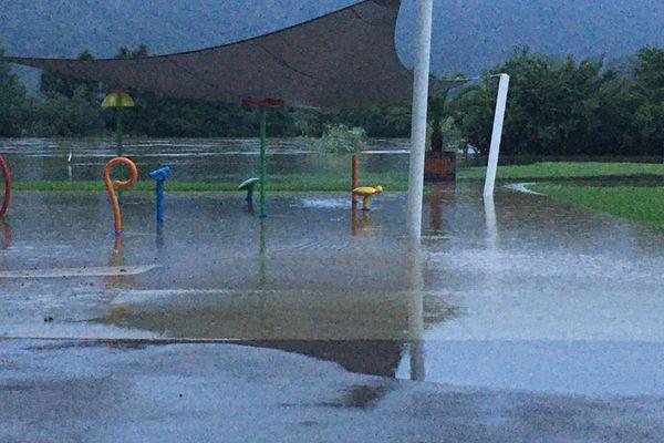 Inondation de la piscine de Chalezeule dans le Doubs le 16 juillet 2021