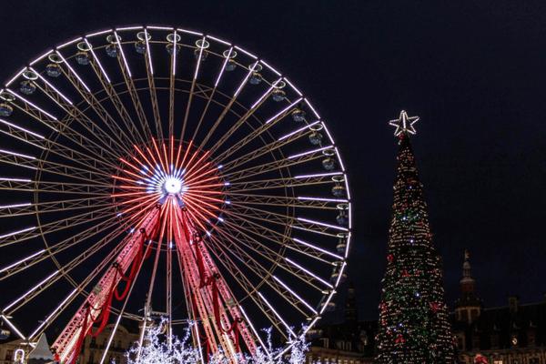 La Grande Roue de Lille, d'ordinaire installée pour Noël sur la Grand Place, ne devrait pas être montée cette année.