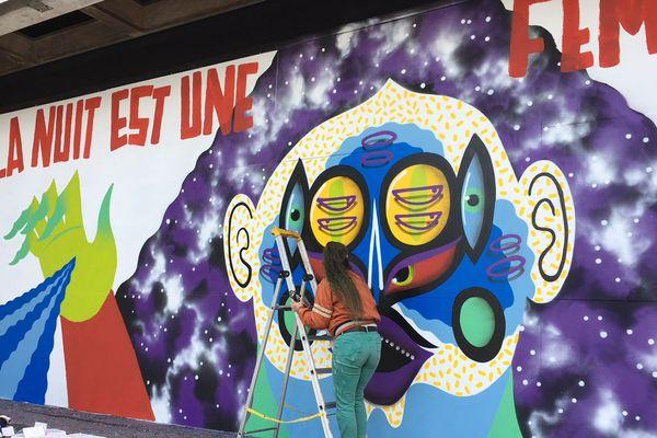Kashink, une artiste de street-art venue de Paris
