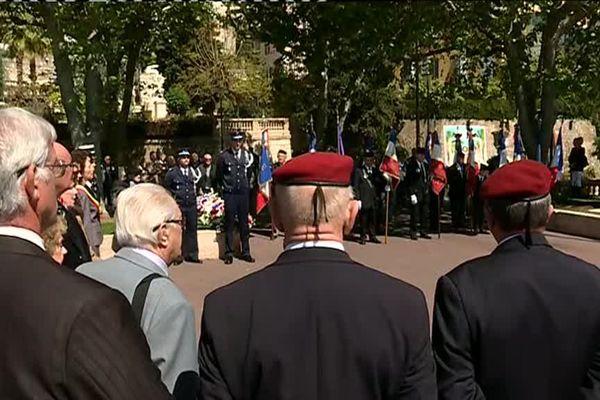 Commémoration devant le monument aux morts de Grasse ce dimanche.
