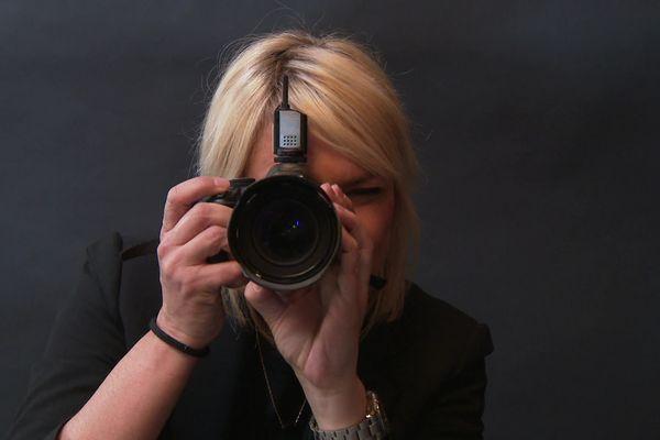 La designer graphiste et directrice artistique Aurélia Frantz passe de l'autre côté de l'objectif et délivre un message personnel grâce à la photographie.