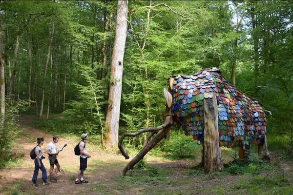 Hannibal de Marina Le Gall, oeuvre exposée depuis 2016 au Vent des Forêts à Fresnes-au-Mont (Meuse).