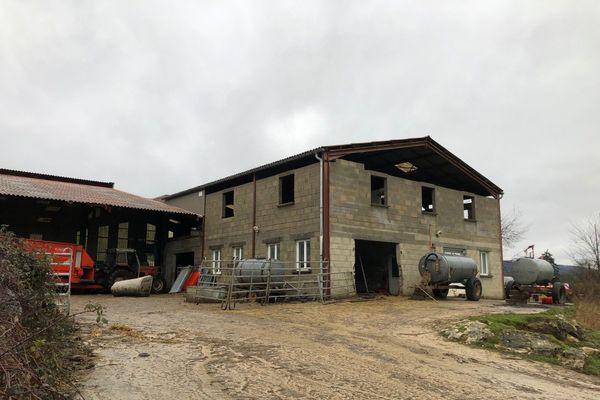 Ce GAEC de Montfleur a fait l'objet d'une saisie de son troupeau de 300 vaches pour maltraitance.