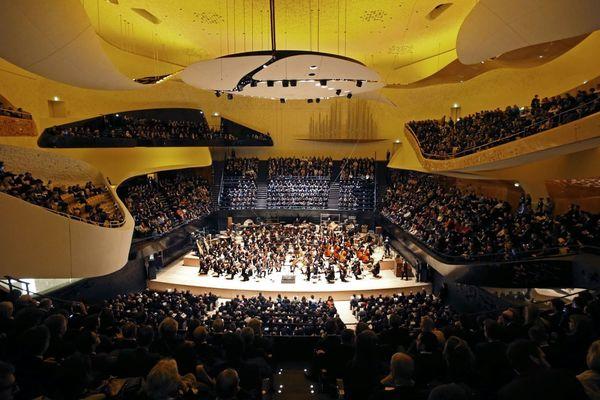 Inaugurée en janvier 2015, la Philharmonie compte 2 400 places assises dans sa grande salle (illustration).