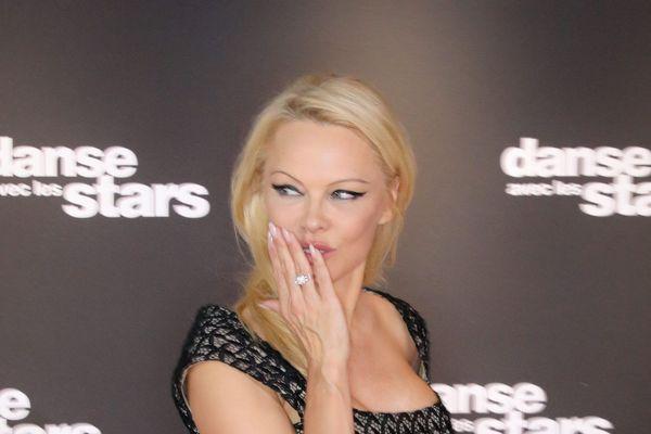 Pamela Anderson participe à la saison 9 de Danse avec les Stars.