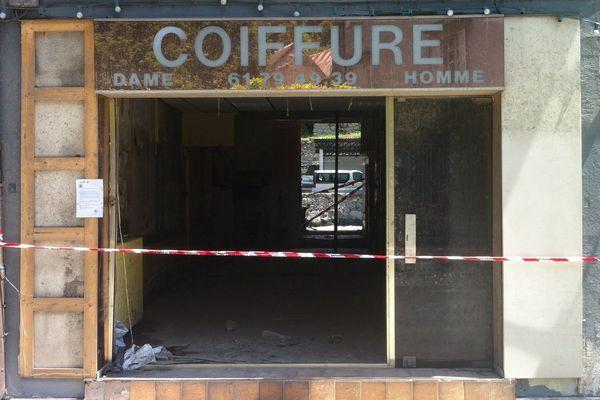 En juin, ce salon de coiffure faisait partie des 25 bâtiments de Saint-Béat (31) interdits